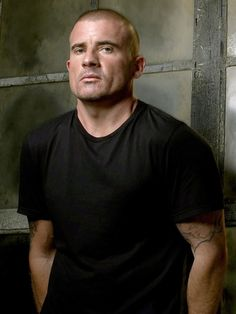 """Dominic Purcell as Lincoln Burrows in """"Prison Break"""" (TV Series)"""