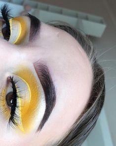Great Eye makeup tips Glam Makeup, Eye Makeup Tips, Bronze Makeup, Cute Makeup, Makeup Goals, Gorgeous Makeup, Pretty Makeup, Makeup Videos, Makeup Inspo
