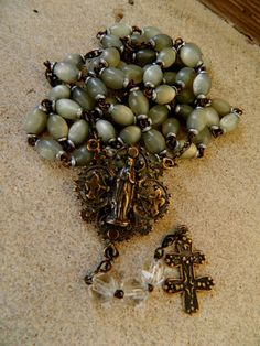 What a gorgeous rosary!   # Pin++ for Pinterest #