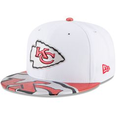 89a66757e66 Men s Kansas City Chiefs New Era White 2017 NFL Draft Official On Stage  59FIFTY Fitted Hat