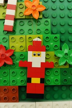 Rust & Sunshine: 12 Days of Christmas - Day LEGO Ornaments lego xmas ideas Lego Christmas Ornaments, Christmas Tree Themes, Christmas Projects, Kids Christmas, Design Lego, Legos, Lego Tree, Lego Advent Calendar, Lego Decorations