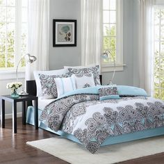 For a stylish update for your bedroom, the Kelsey collection by Home Essence is for you. The comforter and shams feature a modern black and white paisley pattern with accents of light blue. The reverse is a solid light blue color that ties in the blue accents from the paisley print. The set includes a solid blue tailored bedskirt. Three beautiful decorative pillows are included to complete the overall look. The collection is made from soft, brushed microfiber fabric for easy care.