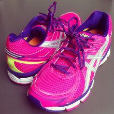 Personal: Toen ik nieuwe hardloopschoenen moest kopen..  #yolandeave #Yolande #ave #hardlopen #hardloopschoenen #roze #asics #blog #stijl #mode #kleding #utrecht #running #5k #10k