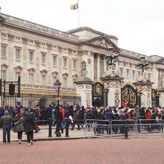 Buckingham Palace is an example of opulence. #england #springbreak