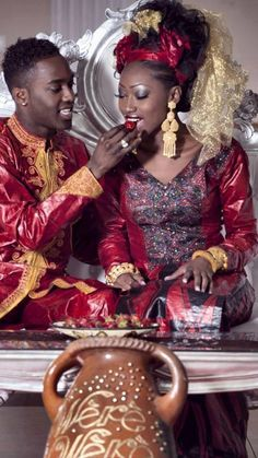 Lovely west african couple in traditional outfit African Life, African Culture, African Wear, African Attire, African Dress, African Style, African Clothes, African Inspired Fashion, African Print Fashion
