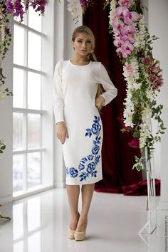 """Купить Платье """"Гжель knit"""" - комбинированный, однотонный, гжель, гжельский узор, платье с вышивкой"""