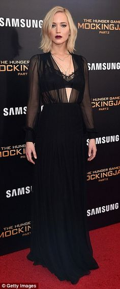 Decadent style 3jenniferlawrence gown featured a lace-fringed bralet that allowed glimpses of ...