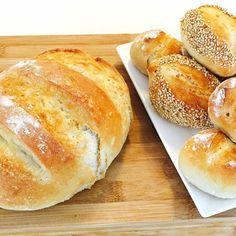 Es hat heute wiedermal frisches, selbstgebackenes Brot sowie Brötchen gegeben ! Echt #lecker sind die geworden! #frühstück #breakfast #brot #backrezepte #backen #bread #baking #brunch #rezeptideen #omnomnom #nomnom #knusprig #frisch #fresh #delicious
