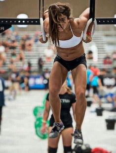 lauren fisher #crossfit #muscleups #fitspo