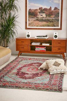Jasmine Woven Tufted Wool Rug
