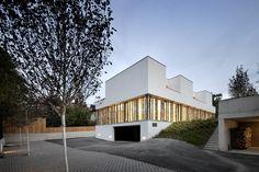 Ordination Vienna Woods / Juri Troy Architects