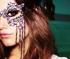 Prachtige  Paarse Oogschaduw-- Gorgeous Purple Eyeshadow.