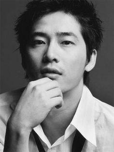 Kang Ji-hwan (Kang Ji Hwan) magazine boasts a charming young man in a suit 'Lofficiel Hommes' Kang Ji-hwan (Kang Ji Hwan) magazine boasts a charming young man in a suit 'Lofficiel Hommes'.   SriTown