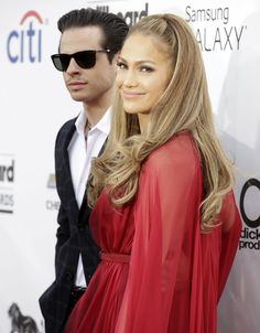 Has Jennifer Lopez cast any Santeria black-magic spells on Casper Smart?