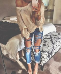 Im obsessed with obnoxiously distressed jeans  legs look so sexy if u got it like that ;)