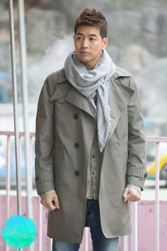 Lee Sang Yoon- I'm pretty picky when it comes to Asian guys... But Lee Sang Yoon is cute! I so like his dimples!! :)