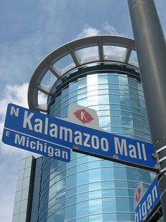 "The Kalamazoo Mall. Downtown Kalamazoo. The ""mall"" was once a walking mall. A street has now been put in. Great shops, a great place to grab lunch, and the heated streets and sidewalks makes winter not so bad."