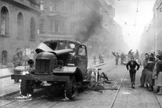 Hungary 1956 revolution World Conflicts, Soviet Army, Budapest Hungary, Historical Pictures, Life Magazine, Cold War, Some Pictures, Military Vehicles, Wwii