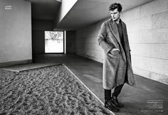 Max Rendell by Bèla Adler and Salvador Fresneda - Dress Coat - Esquire Spain Magazine - DerriusPierreCom (3)