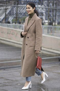 Best Paris Fashion Week Street Style Fall 2017 | POPSUGAR Fashion Photo 10