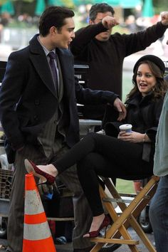 """Leighton Meester and Ed Westwick filming """"Gossip Girl"""" in NYC Central Park"""
