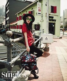 Dara is a fashionista on the streets of Singapore for 'Singles' magazine | http://www.allkpop.com/article/2015/02/dara-is-a-fashionista-on-the-streets-of-singapore-for-singles-magazine