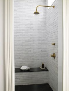 A Return to the Timeless White Bath | The Perfect Bath