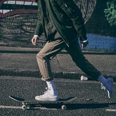 Chic 30+ Best Casual Skater Style Ideas For Cool Men https://www.tukuoke.com/30-best-casual-skater-style-ideas-for-cool-men-12865