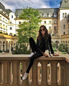 "95.6 tis. To se mi líbí, 375 komentářů – Izabel Goulart (@izabelgoulart) na Instagramu: ""Hello Germany ☀️Quick stop in Frankfurt for the day ! Olá Alemanha!Passando o dia em Frankfurt…"""