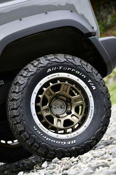 Rims And Tires, Wheels And Tires, Jimny Suzuki, Truck Rims, Honda Crv, Jeep Renegade, Jeep 4x4, Offroad, Vintage Cars