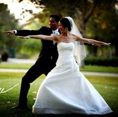 Even Brides and Grooms Can Get Their Yoga On!    6 Tips for Stress-Free Wedding Planning
