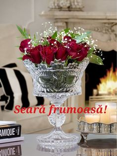 Dried Flower Arrangements, Beautiful Flower Arrangements, Dried Flowers, Beautiful Flowers, Vintage Dishware, Bar Cart Styling, Crystal Vase, Shabby Chic Homes, Green Wedding