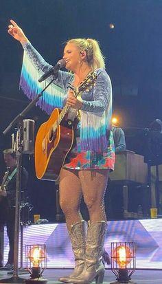 Yup, our gal Miranda Miranda Lambert Photos, Honky Tonk, Yup, Angels, Entertainment, Queen, Country, Beautiful, Style