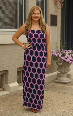 The Whiteny Printed Maxi Dress - Cute and stretchy! This maxi is so pretty with the navy and bright colors! Dress and Dwell - Good things for you and your home