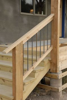 Outdoor Stairs Railing Wood 46 Ideas For 2019 Rebar Railing, Deck Stair Railing, Outdoor Stair Railing, Staircase Handrail, Banisters, Diy Exterior Handrail, Porch Handrails, Handrail Ideas, Steel Railing