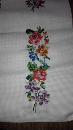 Kizima pike Cross Stitch Embroidery, Needlework, Tattoos, Crochet, Pattern, Poppies, Perfect Love, Embroidered Towels, Fabric Painting