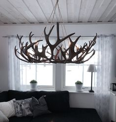 Förstasida - www.lapptussan.se Antler Lamp, Antler Lights, Scandinavian Home, Cabins In The Woods, Christmas Deco, Home Fashion, Antlers, Decor Crafts, New Homes