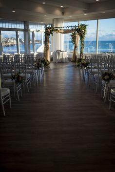 Newport Beach House, Chuppah, Marina Bay Sands, Table Decorations, Building, Travel, Home, Viajes, Buildings