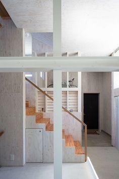 Floor & Floor House by Akasaka Shinichiro Atelier