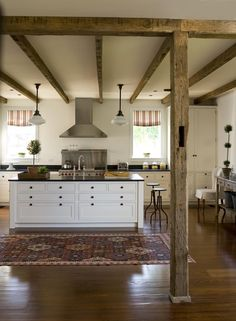 i'm pretty sure that this magnificent kitchen is bigger than my whole house! A_kitchen_0470r