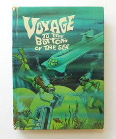 Voyage to the Bottom of the Sea kids book  1965 Authorized TV