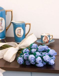 Голубые розы и гвоздики из ткани. Мастер-класс. Комментарии : LiveInternet - Российский Сервис Онлайн-Дневников