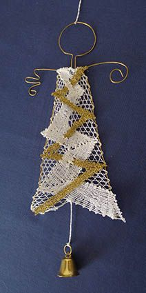nové soutěže Christmas Mood, Christmas Angels, Christmas Ornaments, Lace Jewelry, Wire Crafts, Lace Making, Lace Patterns, Bobbin Lace, String Art