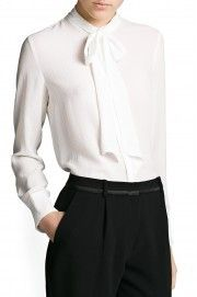 One of the most classic work outfit, that never go out of style! White silk shirt and black dressy pants. Classic Work Outfits, Dressy Pants, Pretty Outfits, Pretty Clothes, Fashion Outfits, Womens Fashion, Fashion Addict, Passion For Fashion, Ideias Fashion