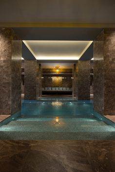 41 Best Inspiration Window Indoor Swimming Pool Design Ideas with Pictures Luxury Swimming Pools, Luxury Pools, Indoor Swimming Pools, Swimming Pool Designs, Lap Swimming, Underground Pool, Hot Tub Room, Simple Pool, Piscina Interior