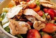 HCG Diet Chicken Strawberry Salad I love this salad but I use lemon instead of the vinaigrette. Hcg Diet Recipes, Cooking Recipes, Healthy Recipes, Meal Recipes, Free Recipes, Dinner Recipes, Chicken Diet Recipe, Chicken Salad Recipes, Healthy Salads