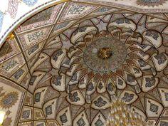 #magiaswiat #podróż #zwiedzanie #damaszek #blog #azja #saladyn #syria #mauzoleum #meczet #umajjadow #krysztalowy #azim #palac #bosra #palmyra #malouli #malula #krakdechevaliers #zamekkrxzyzowcow #krzyzowcy Palmyra, Malu, Syria, Rugs, Blog, Decor, Farmhouse Rugs, Decoration, Blogging