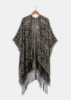 Taj Mahal Ruana-Perfect as a cover up or over a tank! Sustainable Clothing, Easy Wear, Taj Mahal, Kimono Top, Cover Up, How To Make, How To Wear, Clothes For Women, Fabric
