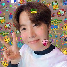 Jung Hoseok, J Hope Selca, Bts J Hope, Foto Bts, Bts Selca, J Hope Smile, J Hope Tumblr, Taehyung, Jhope Cute