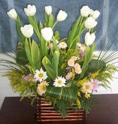 Como Elaborar Arreglos Florales con Tulipanes - Para Más Información Ingresa en: http://ramosdenoviaoriginales.com/como-elaborar-arreglos-florales-con-tulipanes/